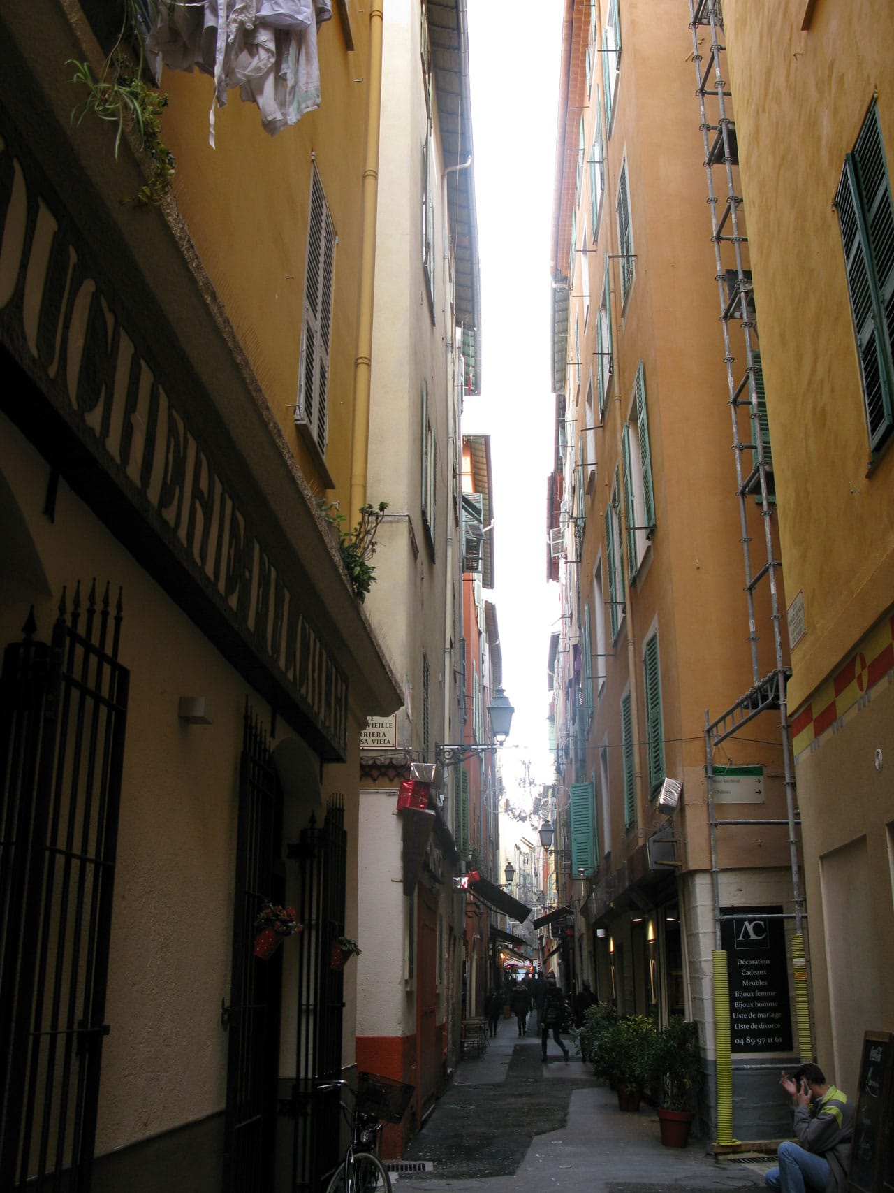 läsa franska nice gamla stan