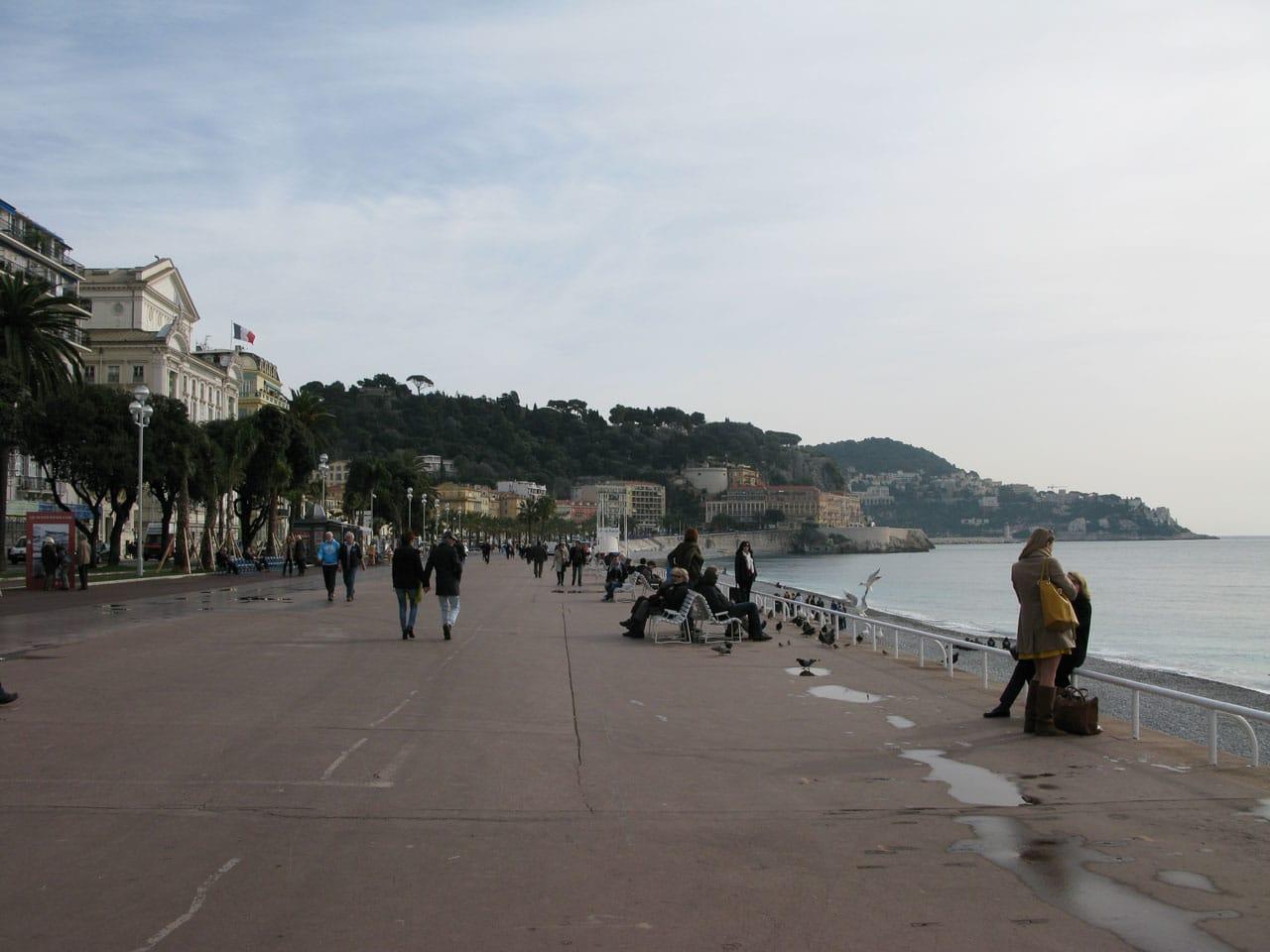 plugga franska Nice strandpromenad