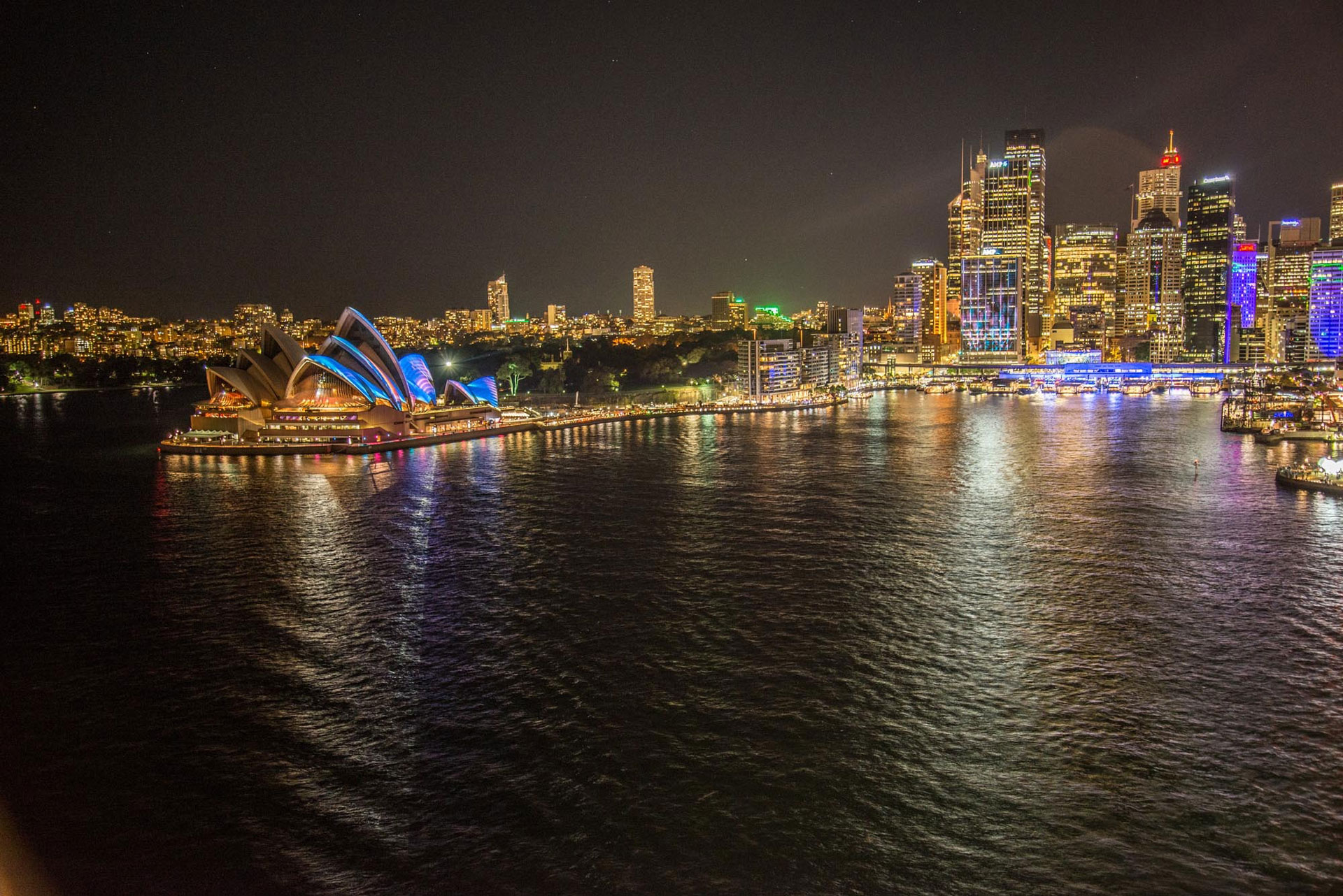 night-sydney-harbour-view