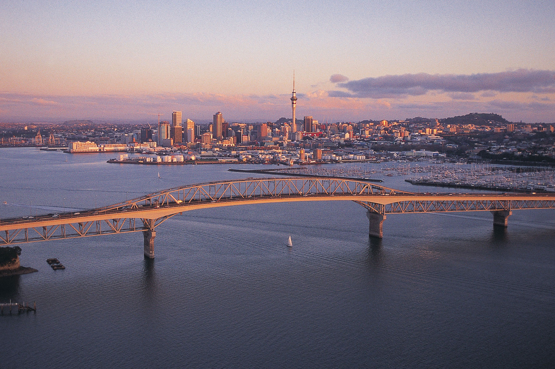studera nya zeeland aut Auckland harbour bridge Nya Zeeland