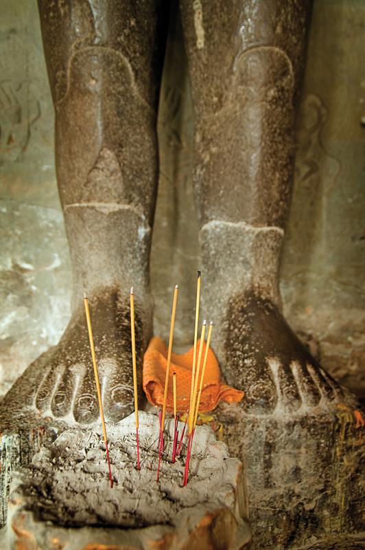 cambodia-bhudda-feet.jpg