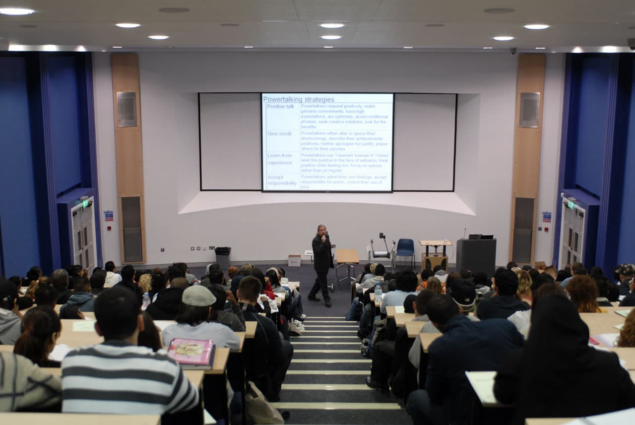 studera-universitet-london-middlesex