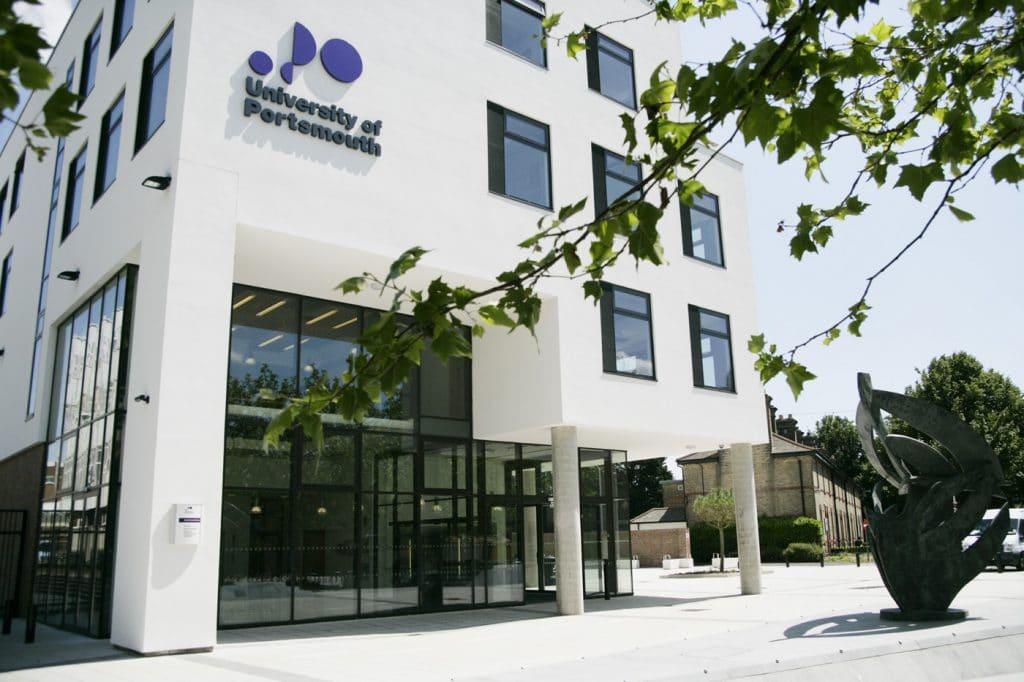 studera i england university of portsmouth