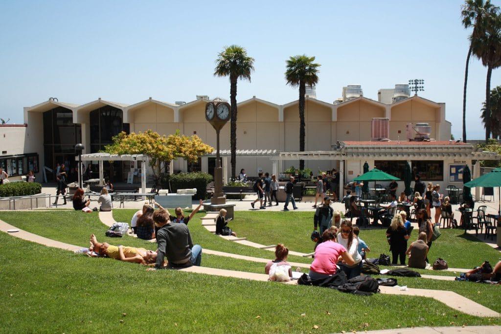 studenter campus santa barbara city college
