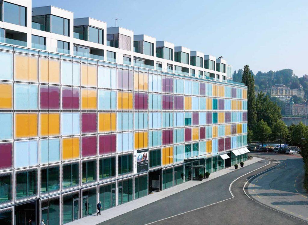 hotellskola schweiz