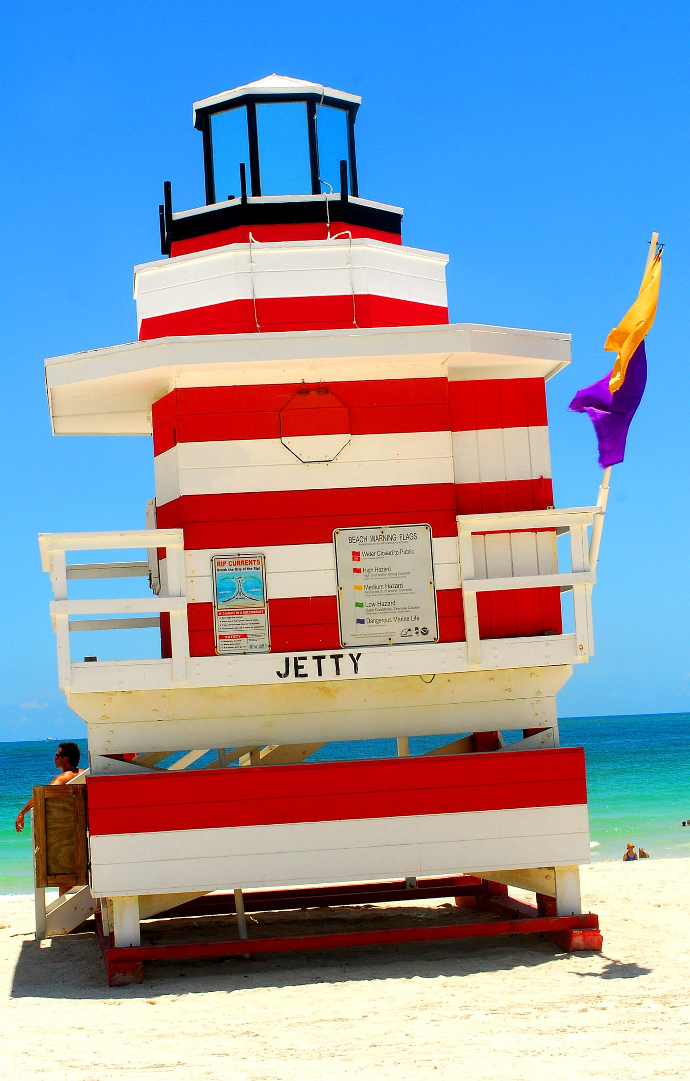 lifeguard-station-miami