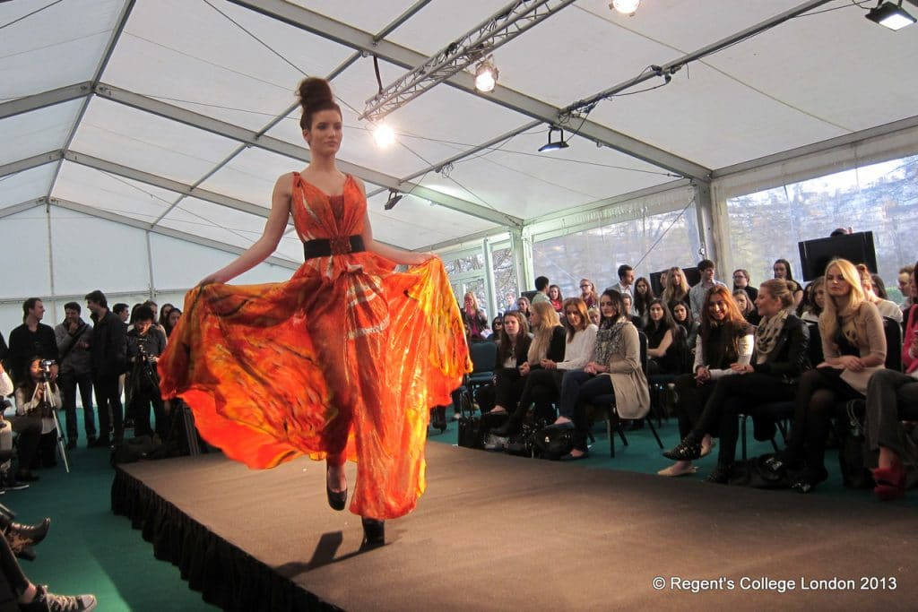 studera fashion design regents university