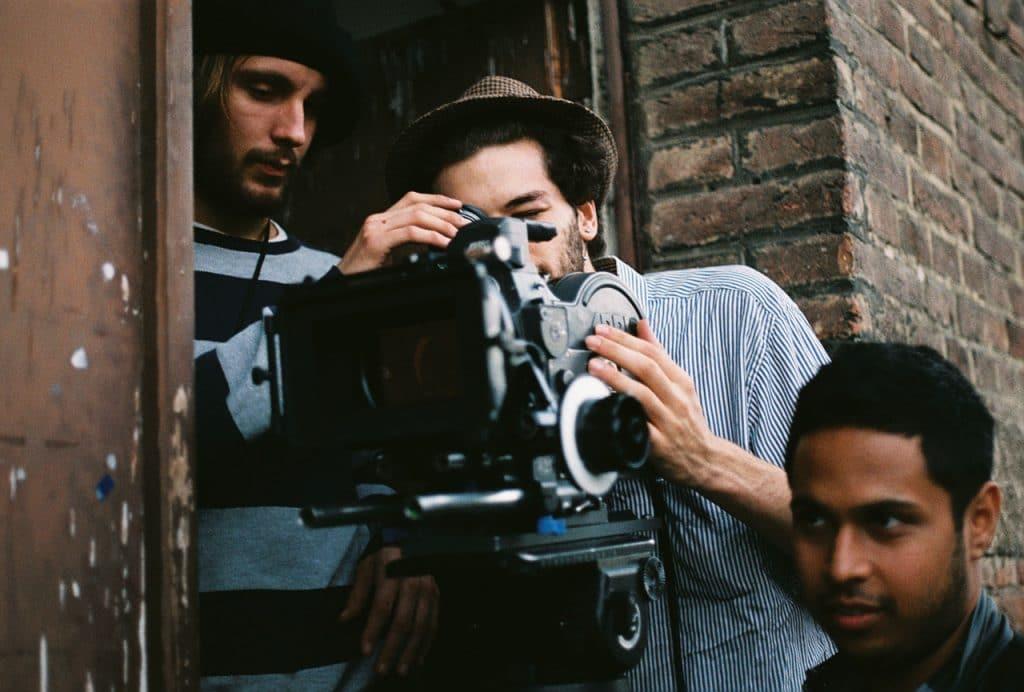 studera film skådespel prague film school