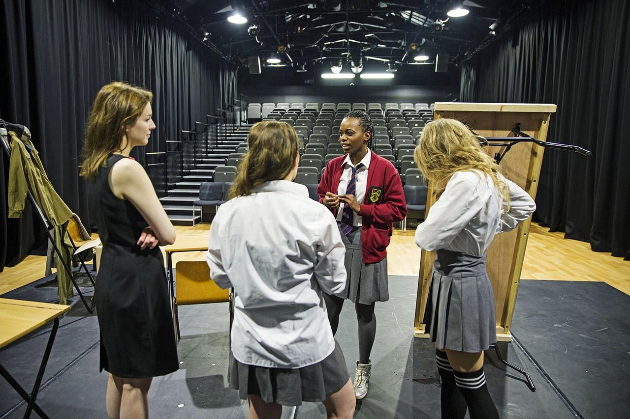 skådespelarutbildning teaterutbildning regents university london