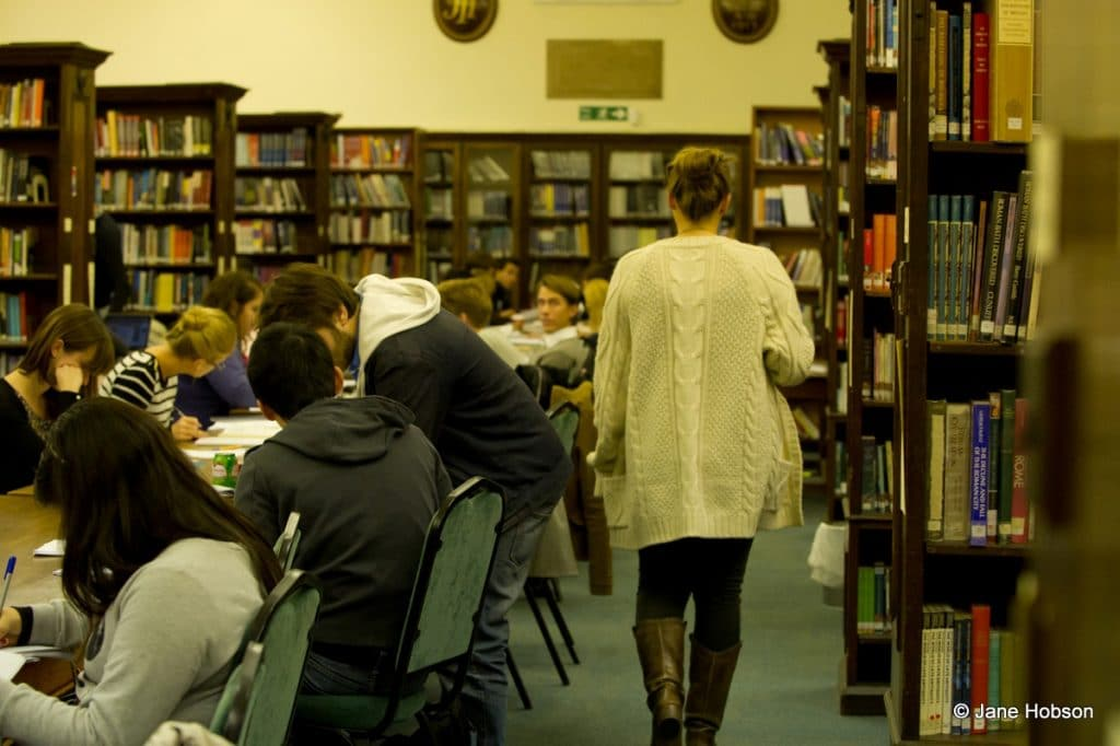 regents university london bibliotek campus