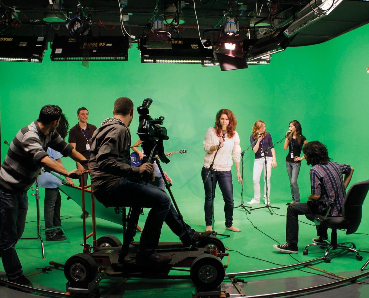 studera musik och film utomlands sae institute