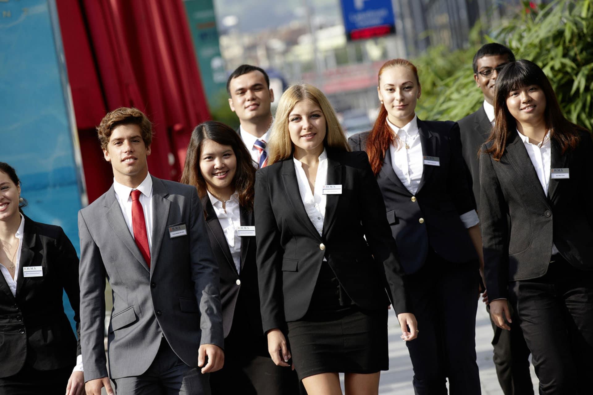 hotel management utbildning